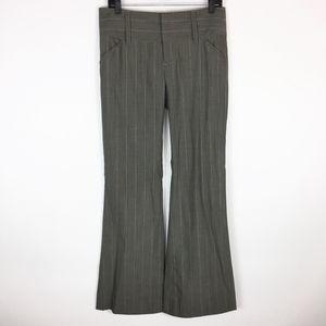 Alice + Olivia Dress Pants 8 Bootcut Pinstriped
